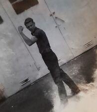 VINTAGE ARTISTIC BAT CAM CUTE DUDE BICEP MUSCLES VERNACULAR PHOTOGRAPHY PHOTO