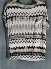 Chico's 1 Medium Cap Sleeve Geometric Print Banded Waist Gray Print Top Shirt