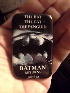 Tim Burton Batman Returns Theater Promo Pin The Bat The Cat The Penguin  1992