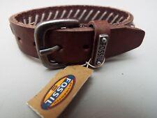 6dc9f7a40a8f Nueva Pulsera de cuero marrón Fossil Con Logotipo Metal fósil BNWT. FOSSIL  BROWN LEATHER BRACELET.