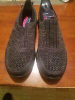 Women's Sketchers Memory Foam Slip On Shoes. Black. Size 7.5. BRAND NEW