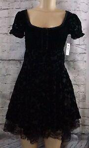 NWT Hazel Beaded Velvet Lace Black Dress Size Small