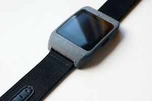 Sony SmartWatch 3 SWR-50 housing/adapter with strap
