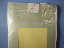 Fogal Style 193 La Campagnarde Opaque Pantyhose Size Small in Soleil
