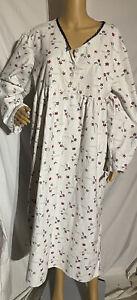 Vintage Secret Treasures Flannel Nightgown Long Sleeve Floral Print Large