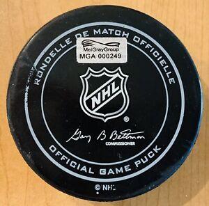 2015 NHL Winter Classic Blackhawks vs Capitals Official Game Used Puck