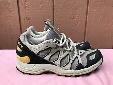 SALOMON Beige Lace up Hiking Trail Work Boots Shoes US 9 EUR 41 1/3