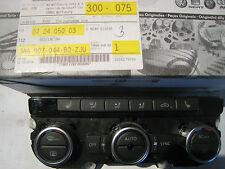 Klimabedienteil-VW-Passat-3C-CC-mit-Sitzheizungsbedienung-3AA907044C