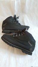 Original timberlands boots size 3 or eu 35. Black colour.