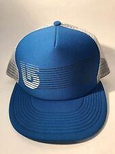 New without tags Burton Shadow Trucker Mesh Snapback Cap Hat - GREAT HAT