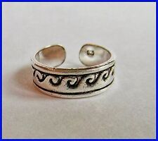 Ring ! Brand New ! Sterling Silver (925) Ocean Waves Toe