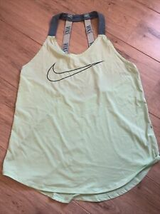 Nike Womens Dry Fit Gym/Training Top Size M BNWOT Fab!