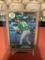 1987 Topps Mark McGwire RC 366 Mint
