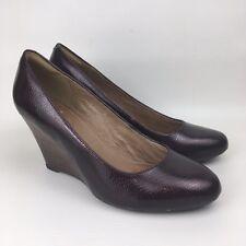 CLARKS ARTISAN Size 6.5 UK Maroon Snakeskin Patent Leather Wedge Court Shoes