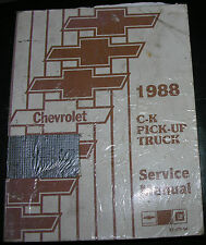 NICE 88 C - K  Chevrolet Pickup Truck Service Manual Set VGC  Barely Used 1988