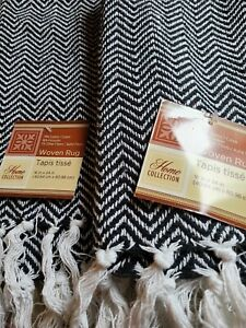 """Home Collection Woven Rugs 16"""" X 24"""" Black White Chevron Tasseled Ends, Set of 2"""