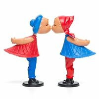 Kissing Dolls - 1 Pair