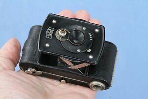 Tiny Zeiss Ikon BOBETTE I for 35mm Roll-Film – 1929