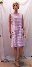 Adorable 50's Sleeveless Lilac Check House Dress w Embroidered Pockets, Mod 7/8