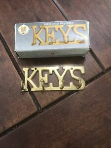 """Vintage Brass Keys Wall Hanging Strong 4"""""""
