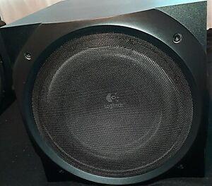 Logitech Z-5500 Lautsprecher-System Dolby Surround 5.1 THX Top