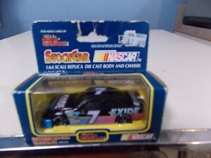 RACING CHAMPIONS COLLECTOR RACE CAR - COMMENT