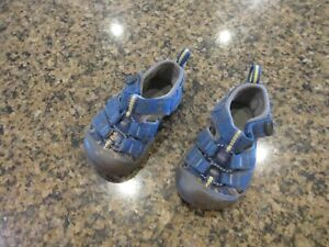 KEEN. Baby Toddler Girls boys blue  Sandals Closed Toe Shoes 4 EUR 19 1009919