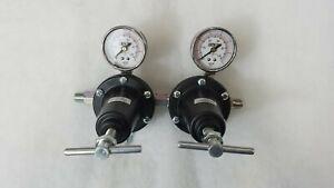BINKS 85-453 Double Regulated air/fluid control unit- Pressure Paint Pot