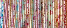 Lot de 40 tissus Fleur-Rose Patchwork chaque tissu 20x20cm