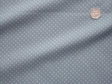 100% Popelín Algodón Tela Estampada - 3mm lunares blancos sobre azul pálido (pin