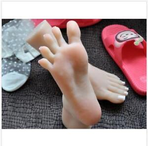 mannequin arbitrarily bent/posed/soft Lifelike top quality silicone girl feet