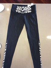 c65650f05348e5 Victoria Secret PINK yoga Black Leggings Size XS black And White Panels