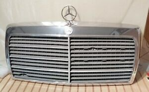 MERCEDES BENZ 300E GRILLE ASSEMBLY HAS EMBLEM AND ORNAMENT OEM 1986-1989