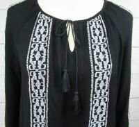 Old Navy Womens Size M Pullover Blouse Top Black with White Embroidery  - A323