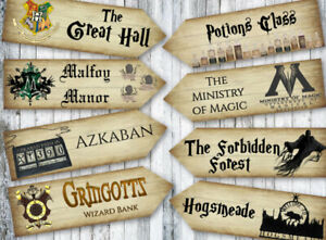 8 Harry Potter Hogwarts Wizards Party Decoration Arrow Signs