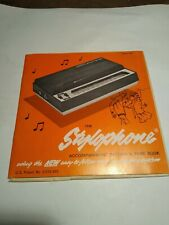 Stylophone Accompaniment Record & Tune Book, How to Tune & Play Book