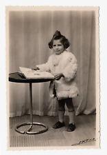 PHOTO ANCIENNE Enfant Mode 1950 Manteau en Fourrure Fur Curiosité Fashion