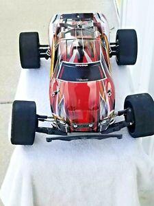 Traxxas 67076-4 Rustler 4x4 VXL Off Road Remote Control Car