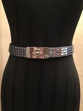 "Vintage 1970's 80's Ladies Silver Metallic Fish Scale Stretch Belt - 1"" Wide"