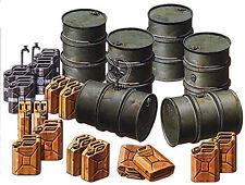 Tamiya 1/35 German Fuel Drum Set  Plastic Assembly Kit 35186