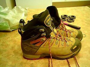 asolo fugitive gtx hiking boots
