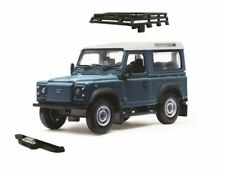 BRITAINS FARM 43217 1/32 LAND ROVER DEFENDER WITH ROOF RACK AND WINCH