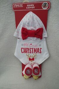 Sandy & Simon My First Christmas Set 3 Piece Set Hat Bib and Socks New