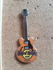 Hard Rock Cafe Pin PARIS Core Guitar Orange 2 String