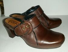 Clarks Artisan brown leather clogs mules heels slides. 7
