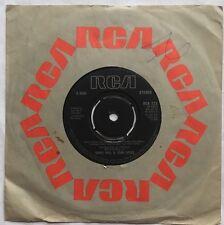 """Daryl Hall & John Oates - Family Man - RCA Records 7"""" Single RCA 323 EX/EX"""