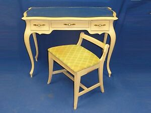 VINTAGE 50s SLIGH FURNITURE Co FRENCH PROVINCIAL VANITY TABLE & CHAIR SET