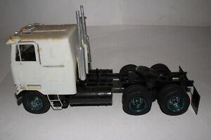 AMT MPC Mack Cabover Semi Truck Built Model, Original 1/24 Scale