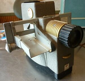 Bell & Howell TDC Duo Streamliner 300 Photo Slide Projector Three Dimensional Co