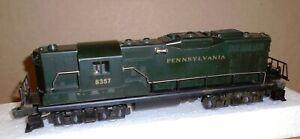 "* Lionel O-27 Trains .. ""Pennsylvania GP-9  Diesel Locomotive #8357"""